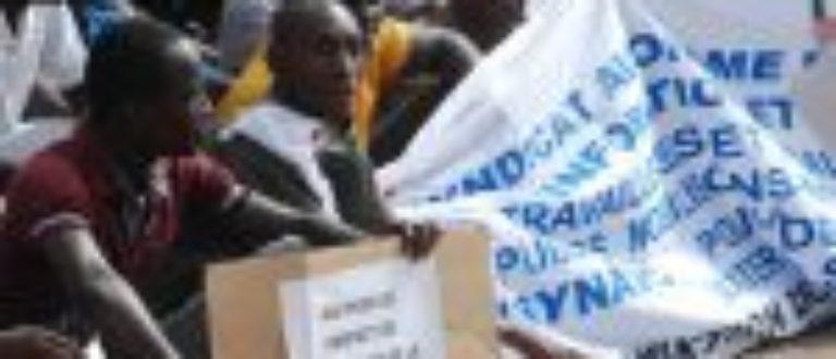 Article : Le ministre Rémy Dandjinou veut-il contrôler la télévision nationale du Burkina ?