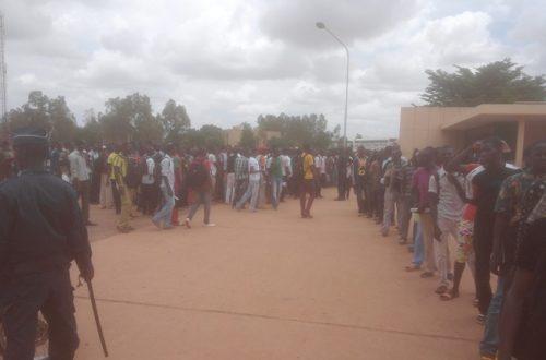 Article : Concours d'entrée à la police nationale du Burkina : la galère des candidats